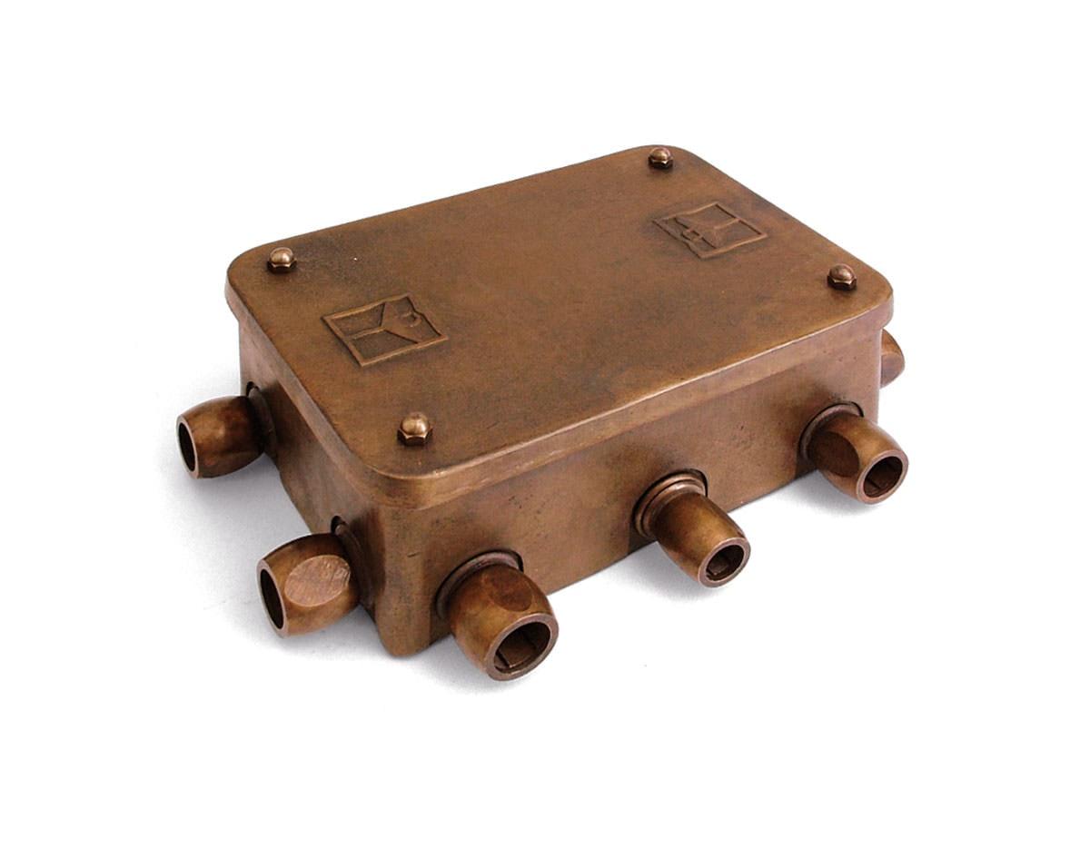 Scatole di derivazione per impianti a vista aldo bernardi for Scatole elettriche esterne
