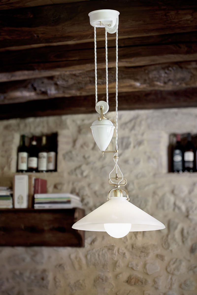 Lampade per interni saliscendi applique in ottone e for Lampade per interni