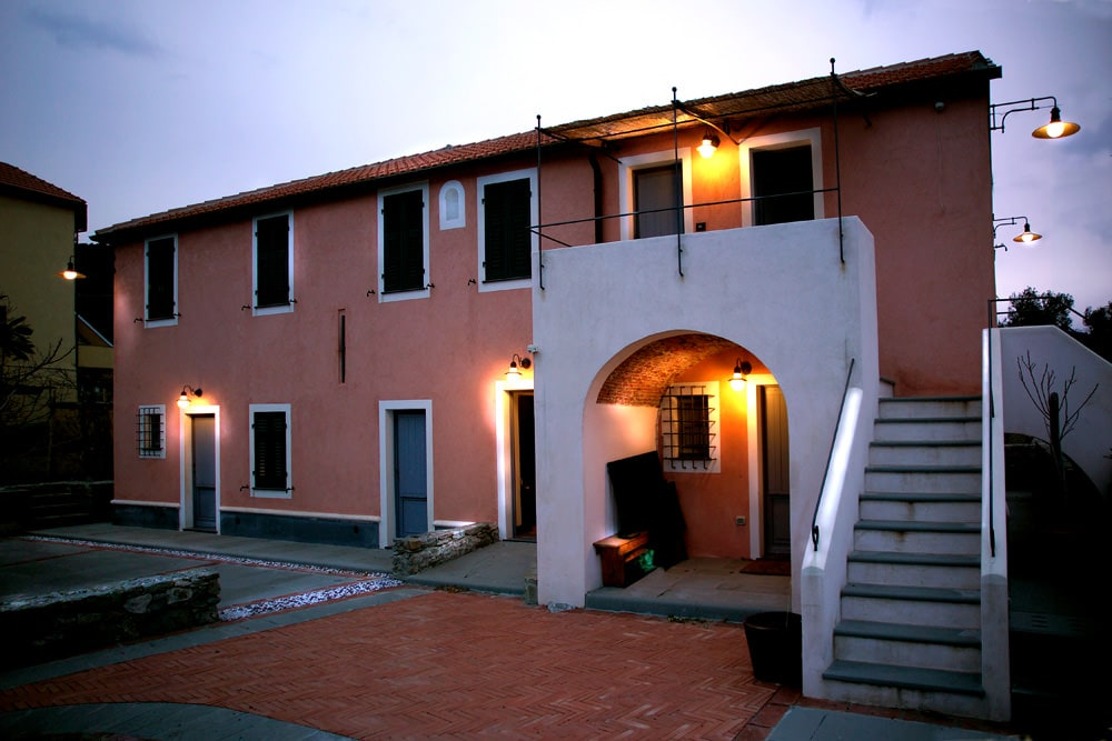 Casa monteverde seal a celle ligure sv illuminazione esterno